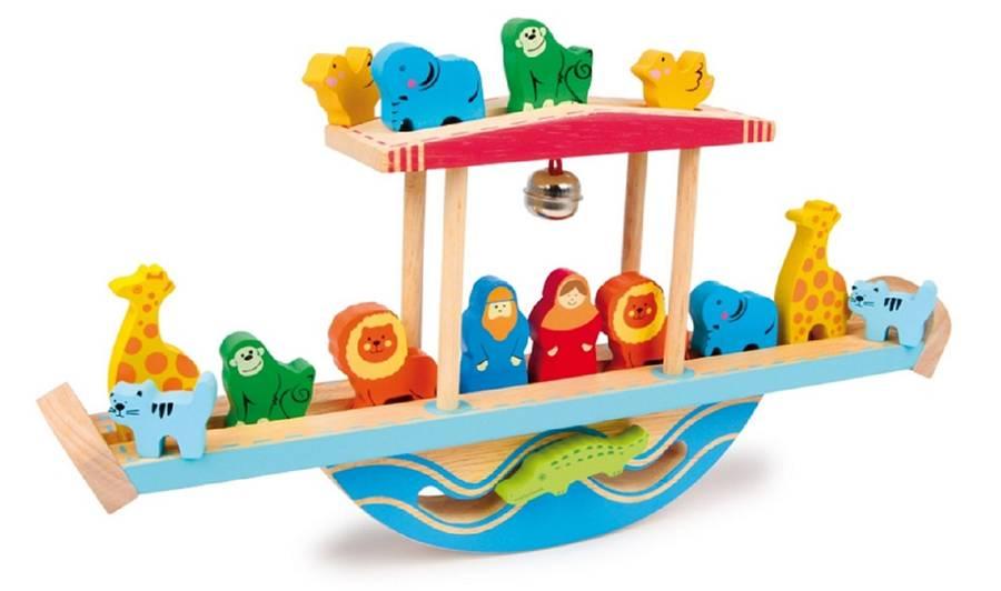 noah-balancing-ark